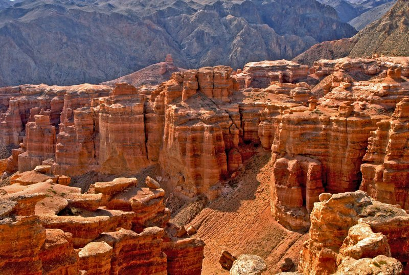 Charyn Canyon Travel Guide