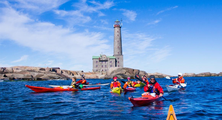 Explore The Archipelago Sea By Kayaking