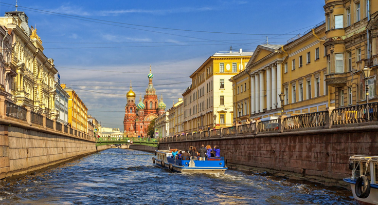 Canal Tour St. Petersburg